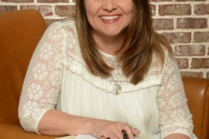 On Best Friends, Good Books, & Tenatious Writing | Author Interview with Marybeth Whalen